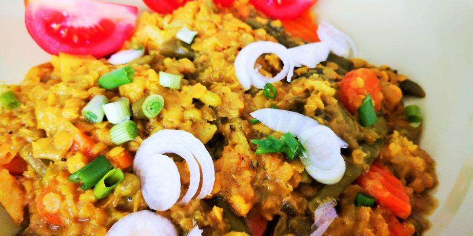 Červená čočka se zeleninou na indický způsob