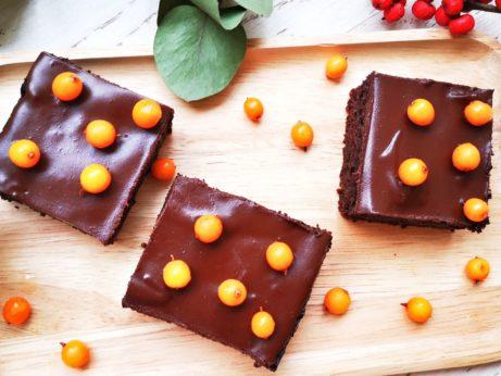 Bezlepkový brownie z červené řepy na stránce zdravá volba
