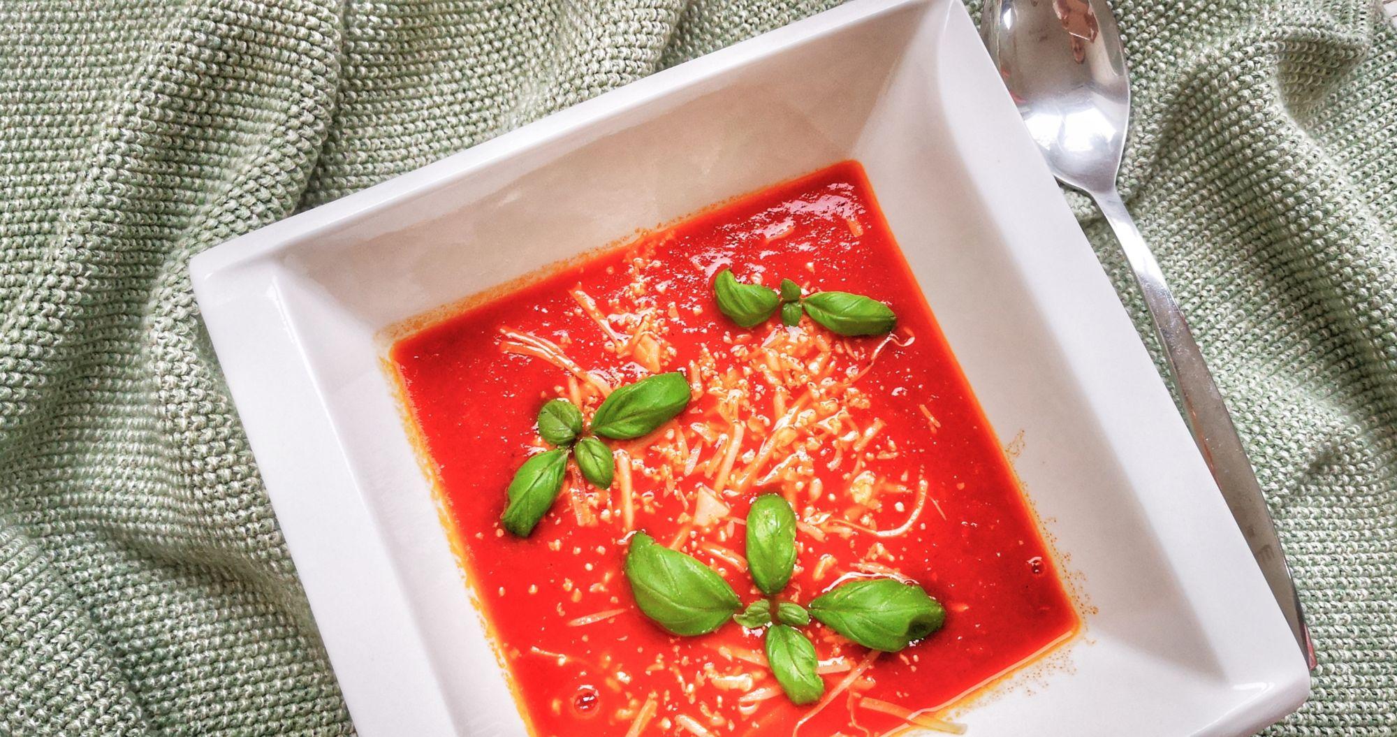 Výborná rajská polévka
